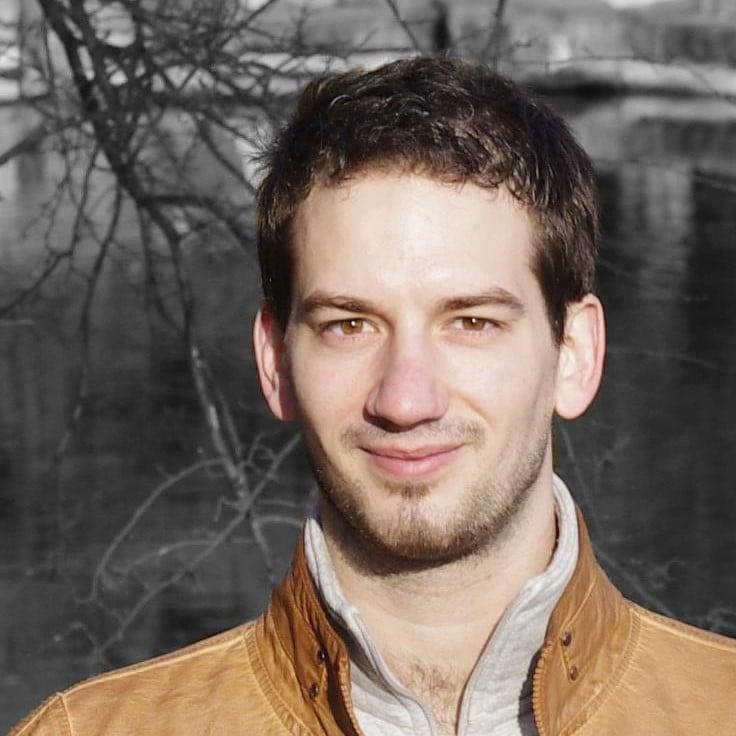 Dr. Ivan Homoliak